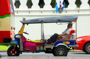 tuktuk1